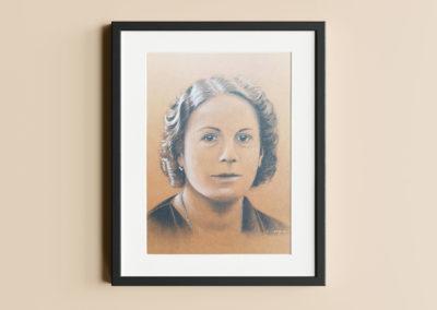 Yvette – Portrait au fusain